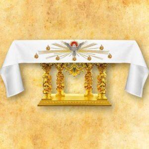 """Obrus z haftem czołowym """"Duch Święty"""""""