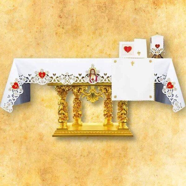 Obrus haftowany Serce Jezusa