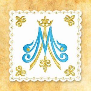 Palka haftowana biała nr 31