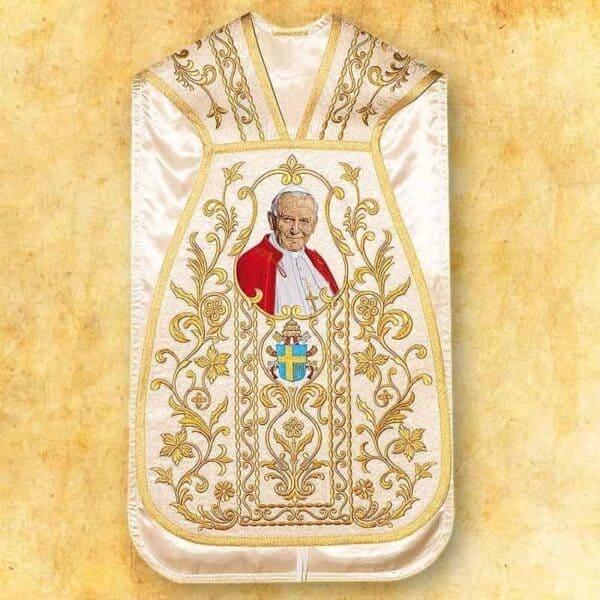 Ornat rzymski z wizerunkiem Świętego Jana Pawła II