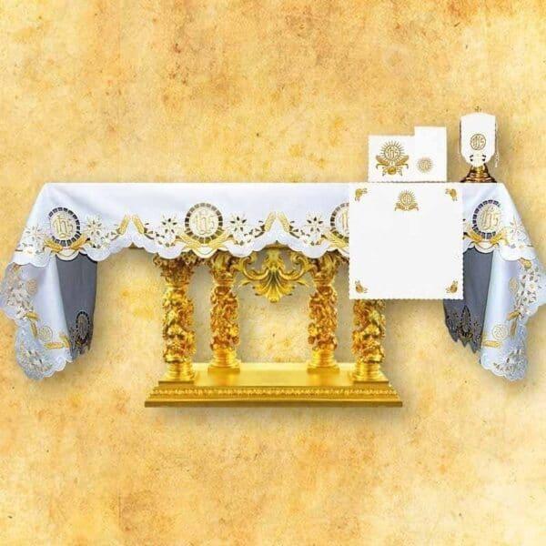 Obrus haftowany Eucharystyczny