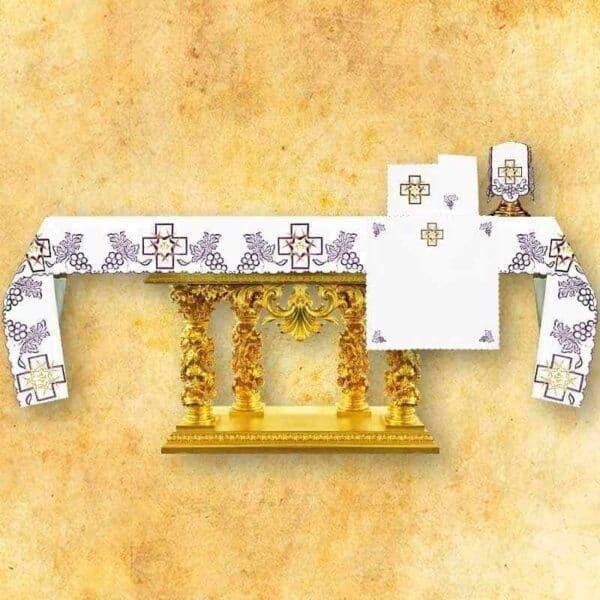 Obrus haftowany Krzyże z Cierniami