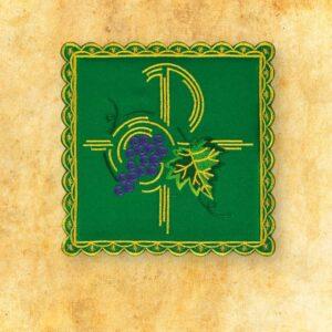 Palka haftowana zielona nr 38