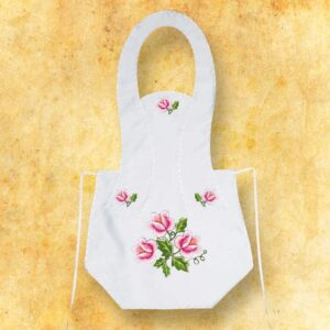Fartuszek haftowany długi- kwiaty różowe