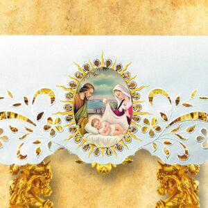 Obrus ażurowy z wizerunkiem Bożonarodzeniowym