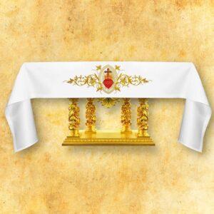 """Obrus z haftem czołowym """"Serce Jezusa"""""""