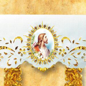 Obrus ażurowy z wizerunkiem Wielkanocnym